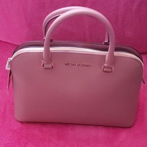 Michael Kors Cindy Lg Dome Leather Satchel